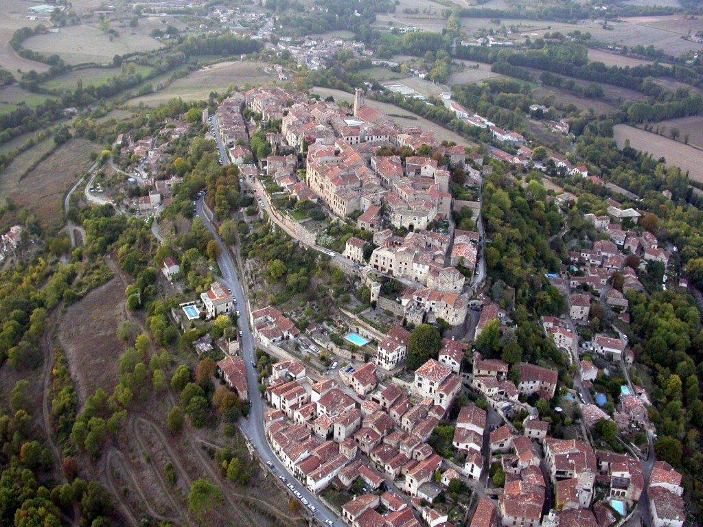Файл:Cordes-sur-Ciel, june 2016 - 3159.jpg — …