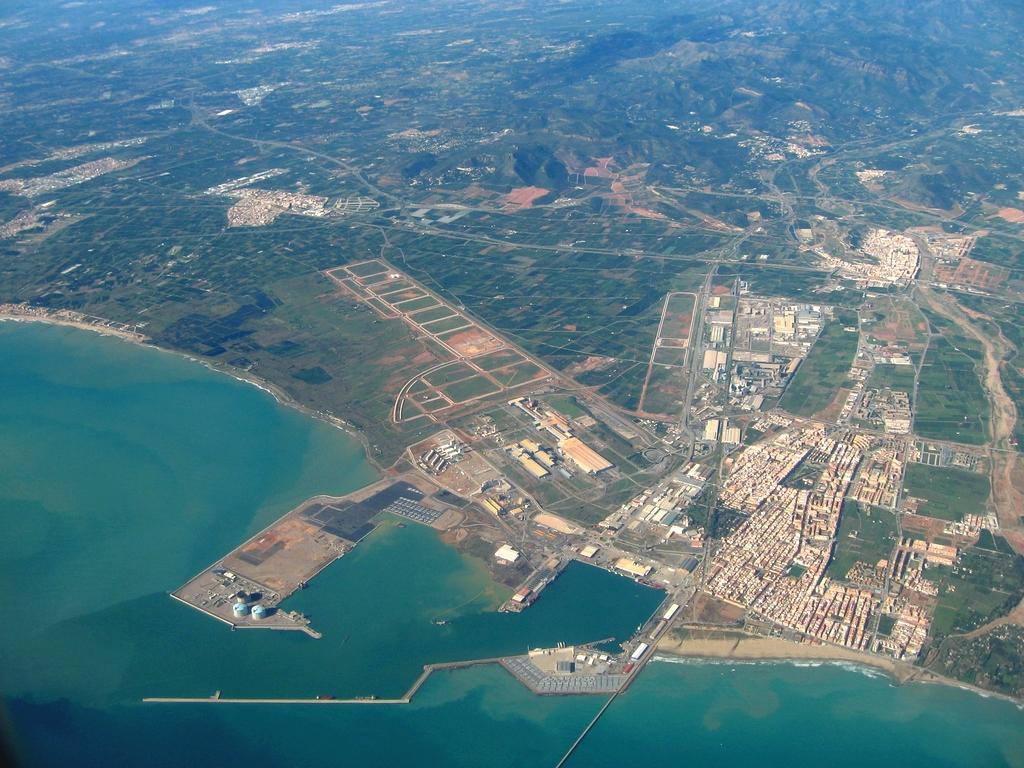 Sagunto Spain  city photos gallery : Photo aérienne de Puerto de Sagunto / Pays : Espagne Spain