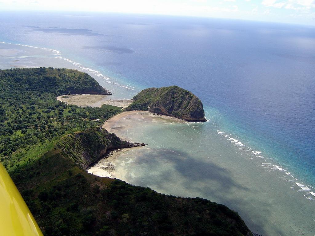 #A39328 Photo Aérienne De Petite Terre Mayotte (976) 1571 Chambre Petite Terre Mayotte 1024x768 px @ aertt.com