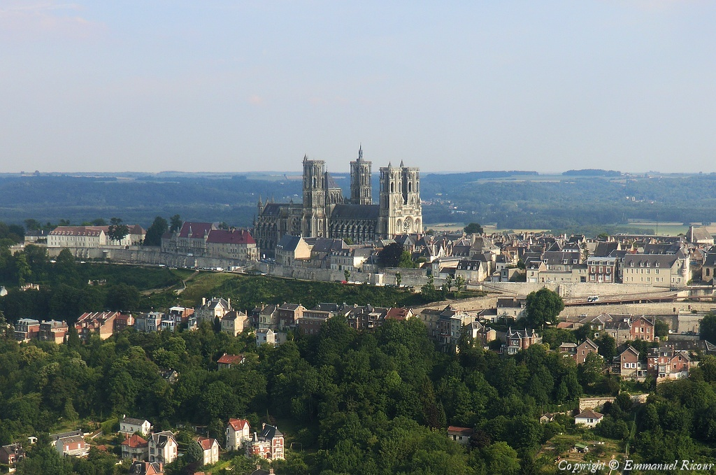 Photo a rienne de laon for Bureau 02 laon