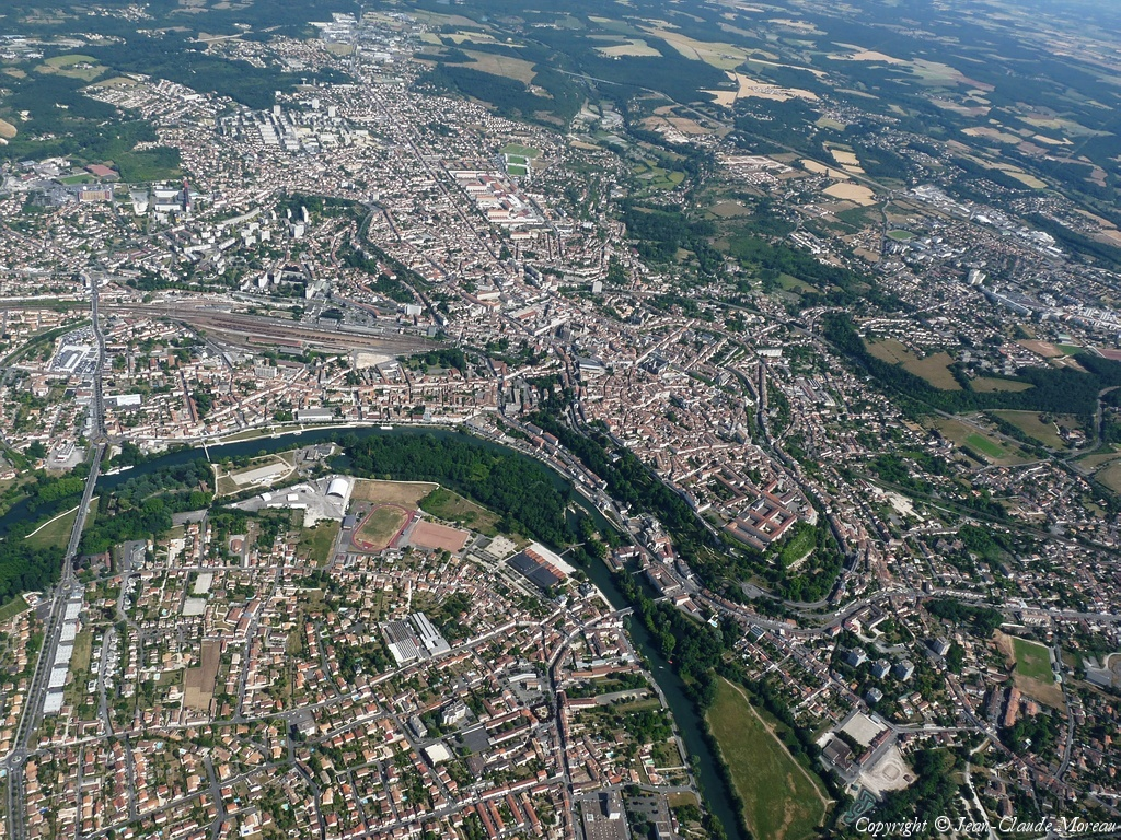 Angouleme vue du ciel for Angouleme code postal