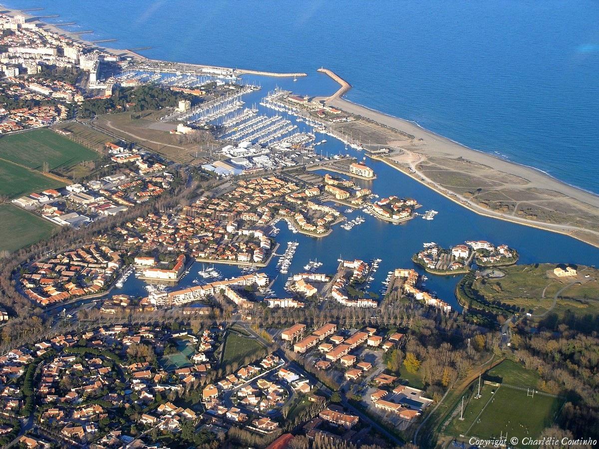 Photo aérienne de Saint-Cyprien Plage - Pyrénées-Orientales (66): www.survoldefrance.fr/affichage2.php?img=7460