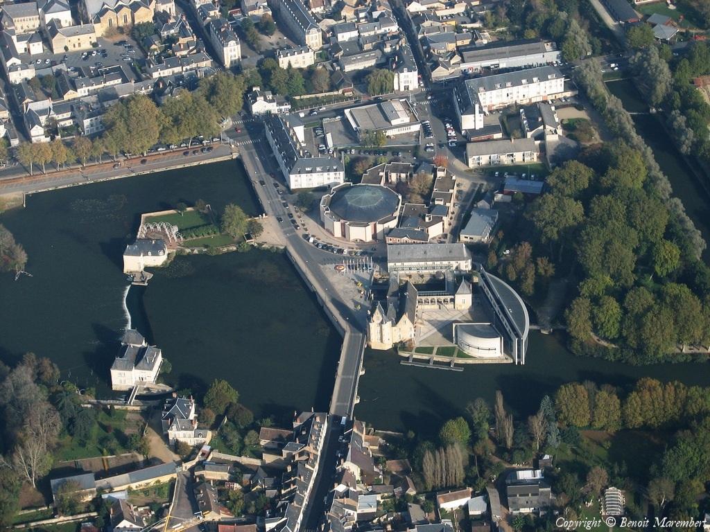 La Fleche France  City pictures : Photo aérienne de La Flèche Sarthe 72